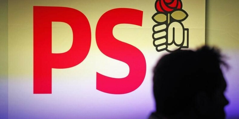 La direction du PS revendique la majorité absolue au congrès