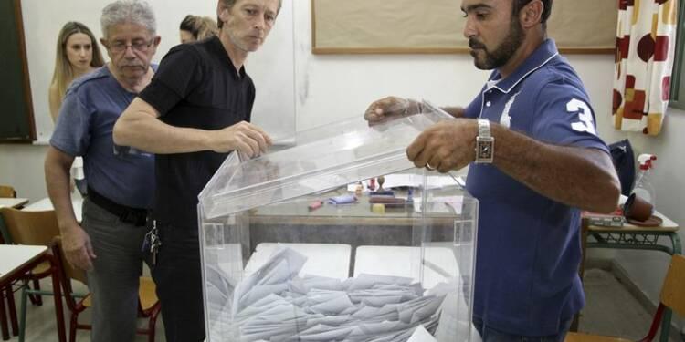 """Le """"non"""" nettement en tête du référendum en Grèce"""