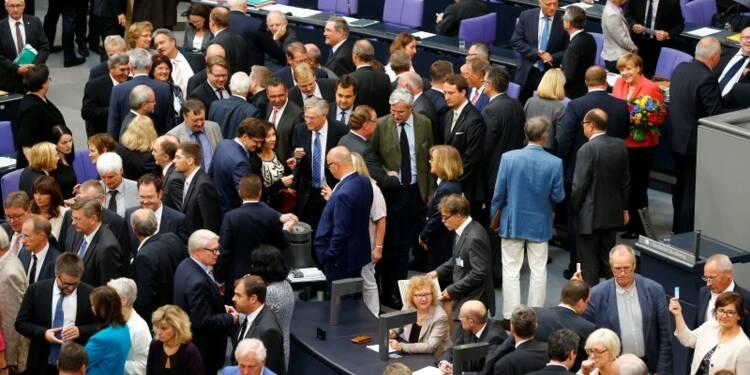 Le Bundestag autorise Berlin à négocier avec la Grèce