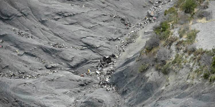 Fin de recherche de corps des victimes de l'A320 dans les Alpes