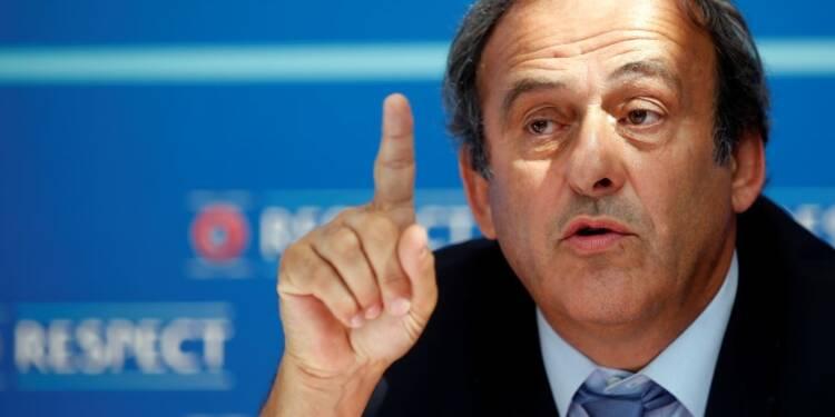 """Michel Platini trouve """"honteux d'être traîné dans la boue"""""""