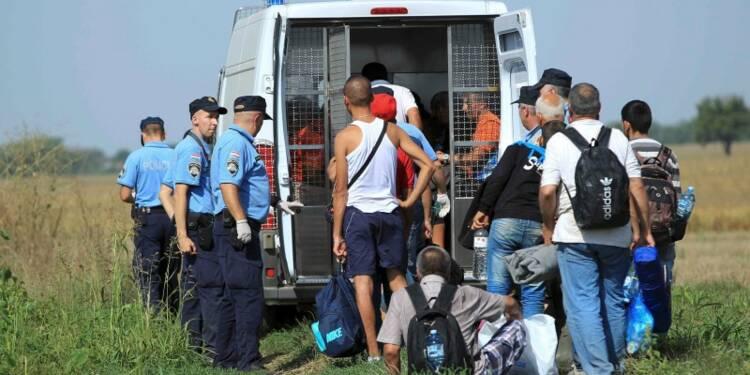 Près de 300 migrants entrent en Croatie par la frontière serbe