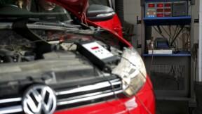 """Royal promet d'être """"extrêmement sévère"""" dans le dossier VW"""