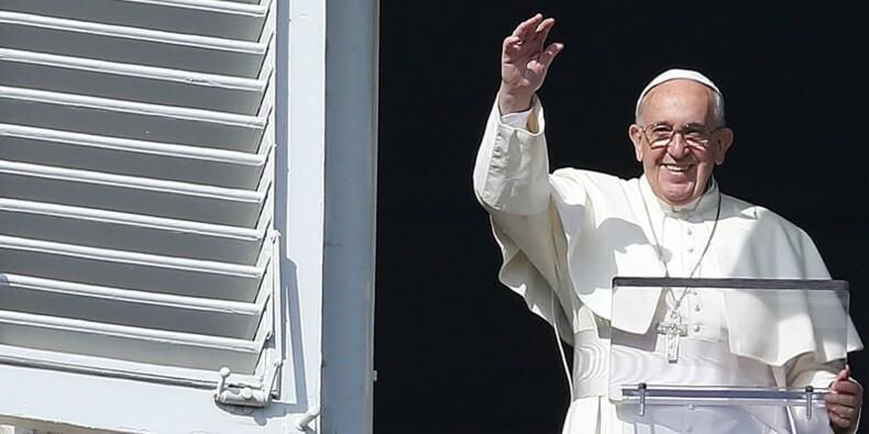 On ne peut invoquer Dieu pour justifier la violence, dit le pape