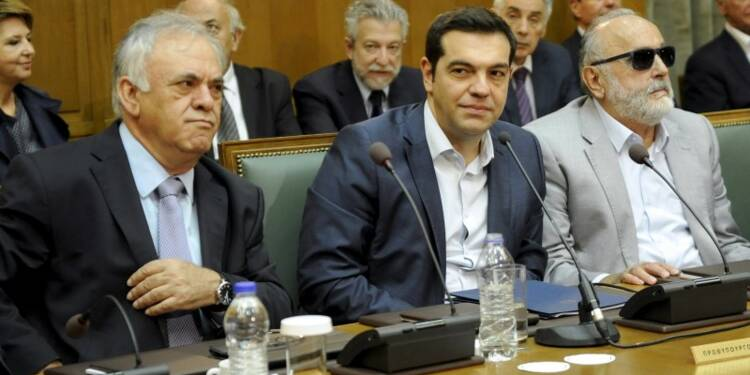 Alexis Tsipras prône réformes et allègement de la dette grecque