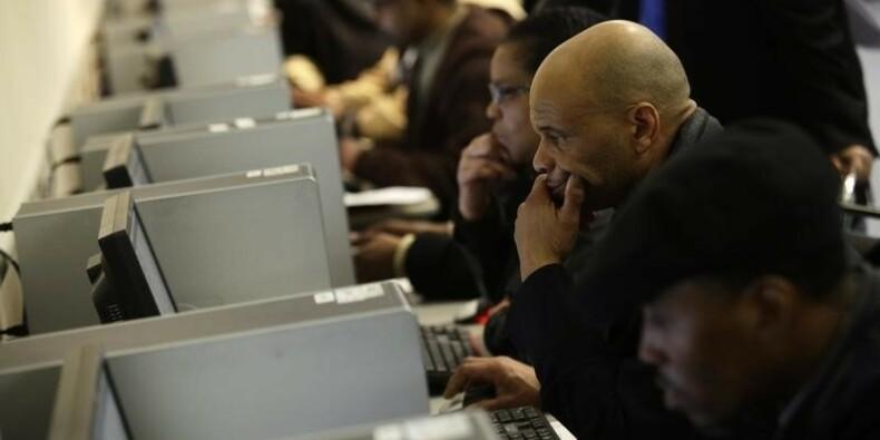 Les Etats-Unis créent moins d'emploi, mais le chômage baisse