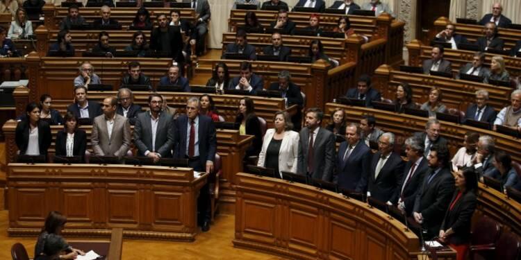 Les députés de gauche font chuter le gouvernement portugais
