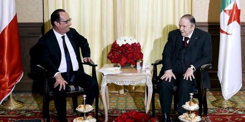 Hollande parle de lutte contre le terrorisme avec Bouteflika