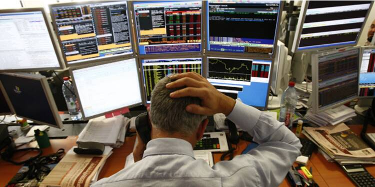 La Bourse de Paris décroche après l'entrée des camions russes en Ukraine