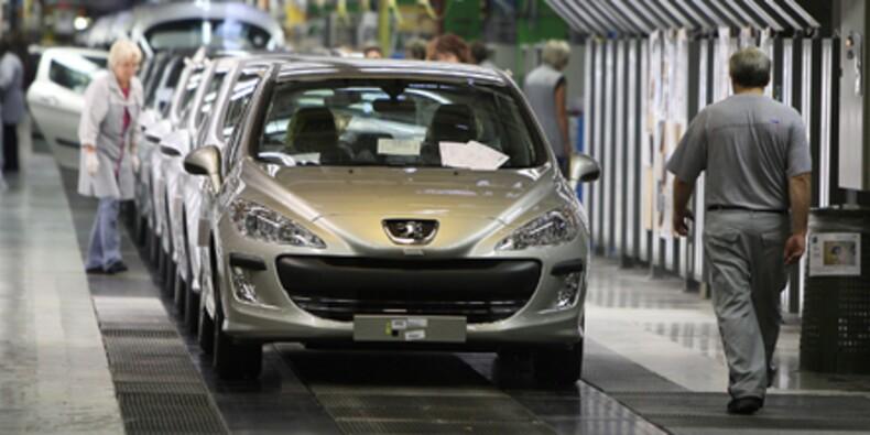 Les valeurs automobiles dérapent après la chute des immatriculations en 2012