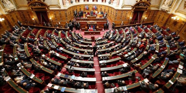 COR-Le Sénat vote la loi Macron après de profondes modifications