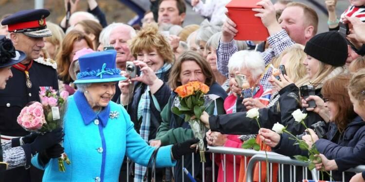 Elizabeth II bat le record de longévité de Victoria