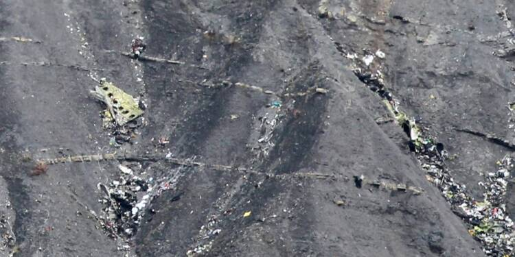 Le procureur écarte la piste terroriste pour le crash de l'A320