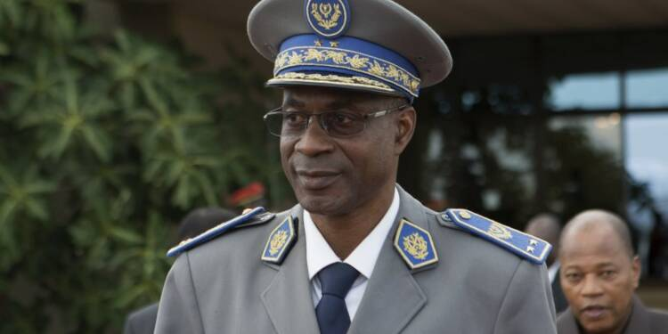 La junte libère le président de transition au Burkina Faso