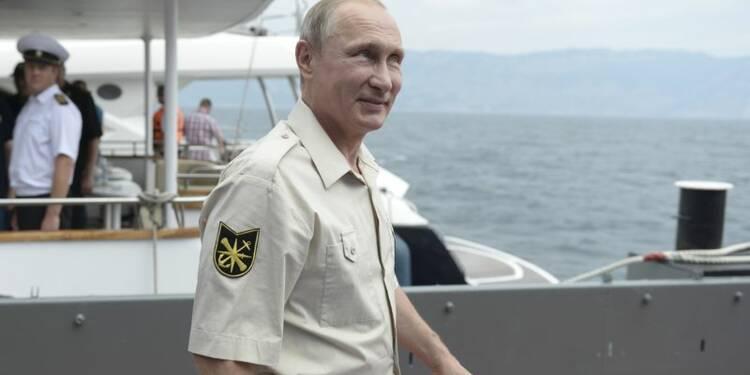 Poutine impute l'intensification des combats en Ukraine à Kiev
