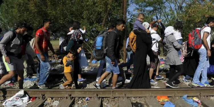 De Macédoine, plus de 5.000 migrants passent en Serbie