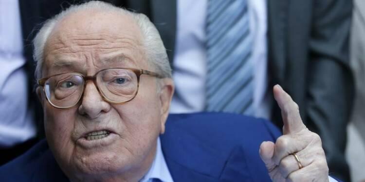 Jean-Marie Le Pen assigne le FN et réclame deux millions d'euros