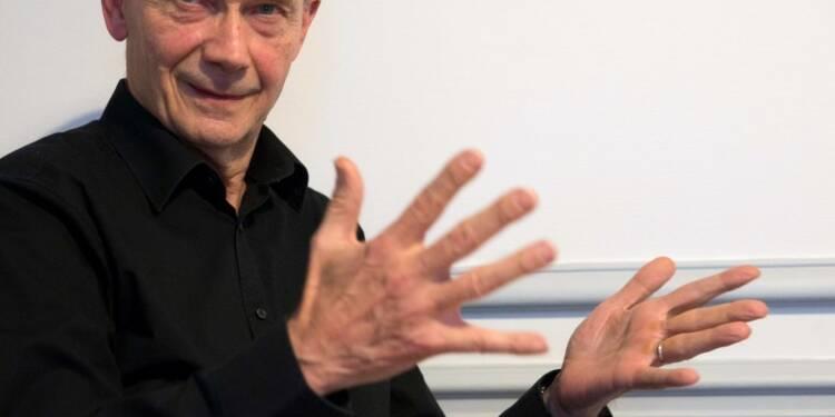 CORR-Pascal Lamy chargé de préparer l'Expo 2025