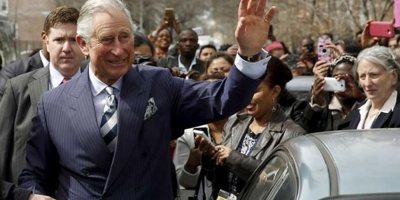 Le prince Charles s'inquiète pour les soldats... et les poissons
