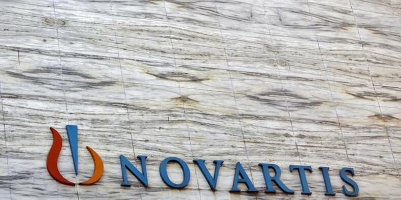 Novartis prévoit que les changes pèseront sur l'exercice 2015