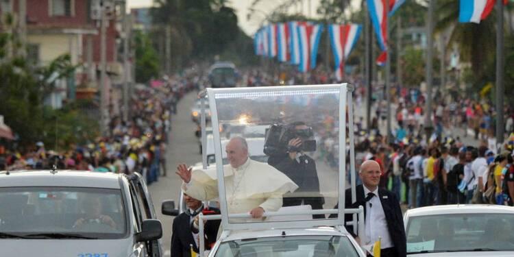 Le pape appelle les Etats-Unis et Cuba à donner l'exemple