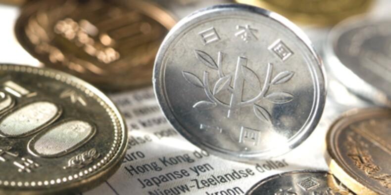 Le yen en forte baisse face au dollar