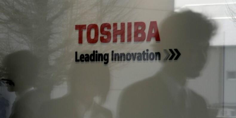 Toshiba enquête sur ses comptes