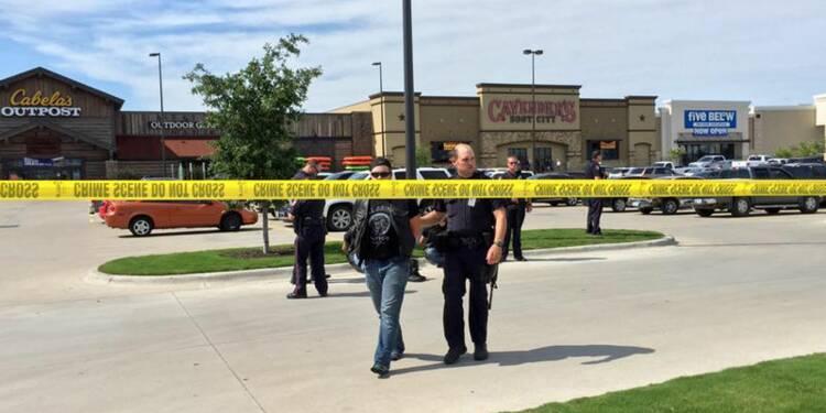 COR-Près de 200 personnes arrêtées après la fusillade au Texas