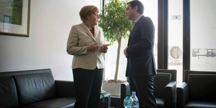 Après un entretien, Tsipras et Merkel évoquent des progrès