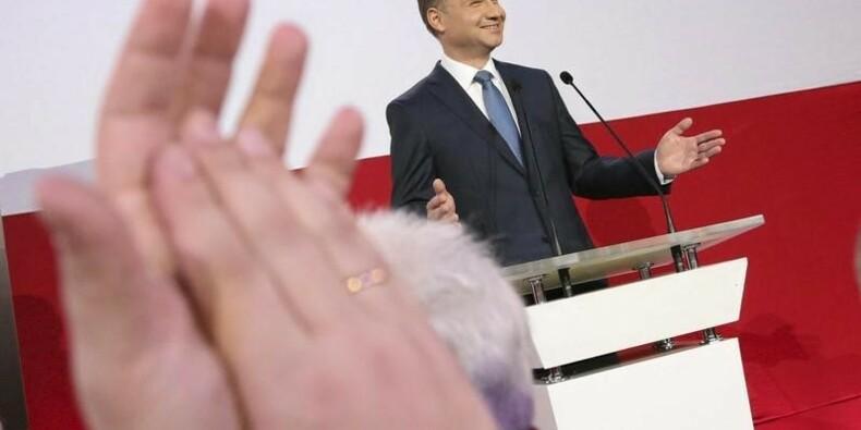 La droite conservatrice de retour à la présidence polonaise