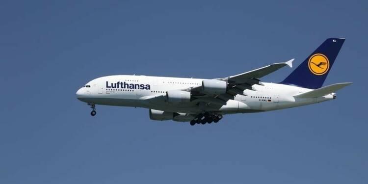 Lufthansa relève son objectif de bénéfice annuel