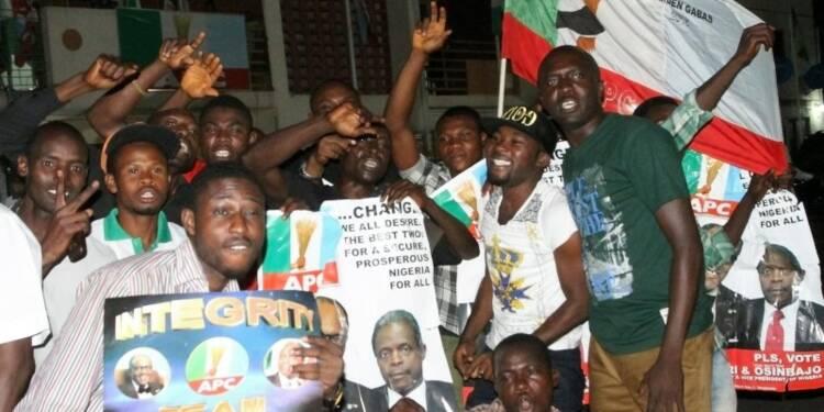 Echange de félicitations au Nigeria entre Jonathan et Buhari