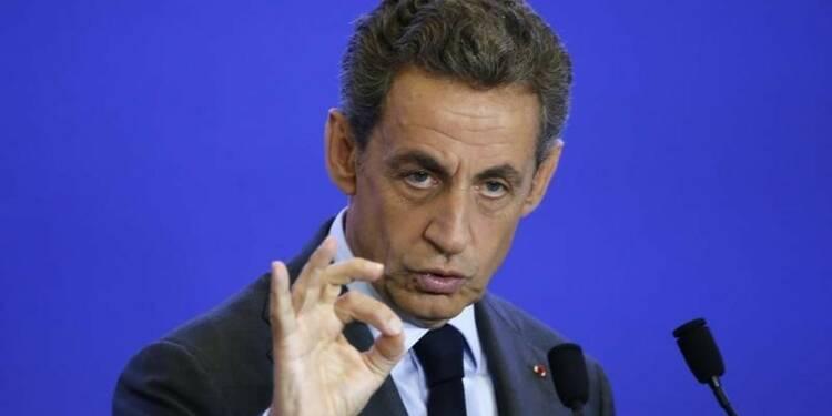 Nicolas Sarkozy tance les boudeurs et son politologue turbulent