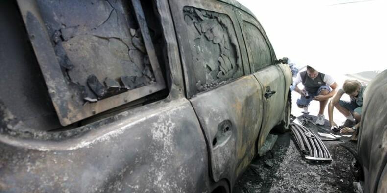 Des véhicules de l'OSCE détruits en Ukraine