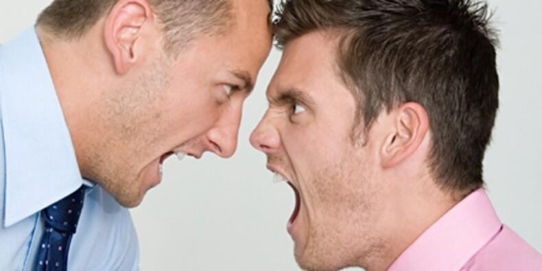 Insulter un collègue de bureau : quand ça passe et quand ça casse