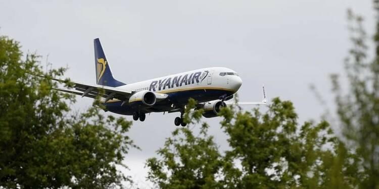 Ryanair va distribuer le produit de la vente d'Aer Lingus