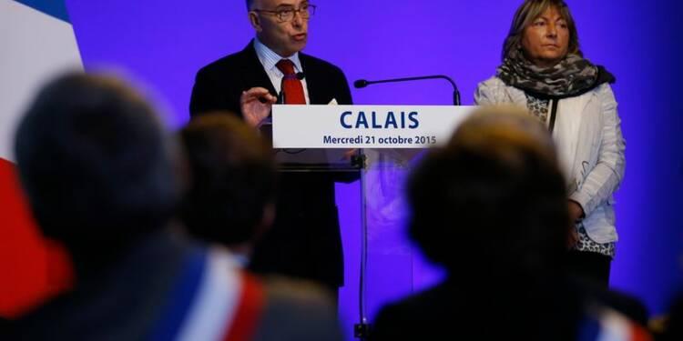 Bernard Cazeneuve annonce des renforts policiers à Calais
