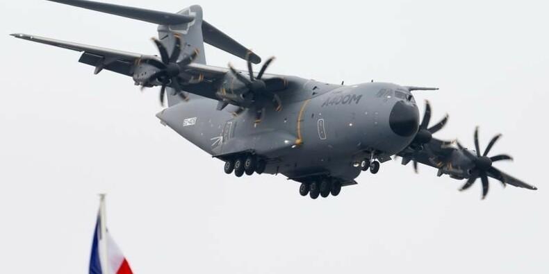Airbus maintient le cap pour son avion de transport militaire