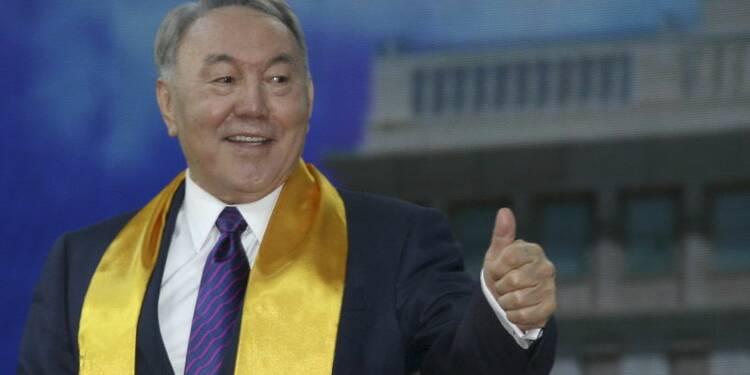 Noursoultan Nazarbaïev réélu au Kazakhstan avec 97,7% des voix