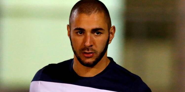 Karim Benzema reste en garde à vue dans l'affaire Valbuena