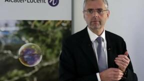 Les conditions financières du départ du PDG d'Alcatel font débat