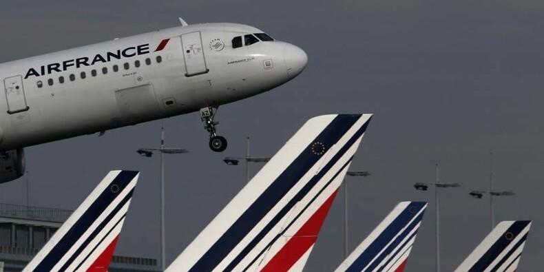 Embellie fragile pour Air France-KLM et économies insuffisantes