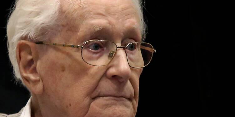 """Un ex-comptable d'Auschwitz reconnaît sa """"culpabilité morale"""""""