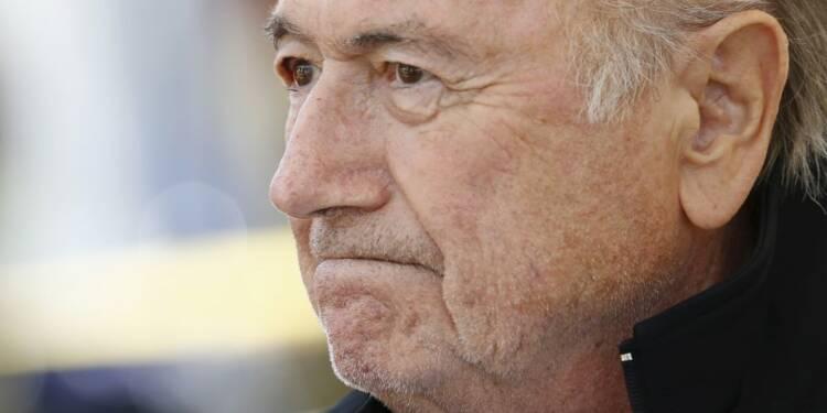 Sepp Blatter affirme son intention de se battre