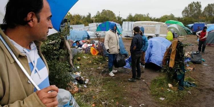 Quelque 400 migrants quittent Calais