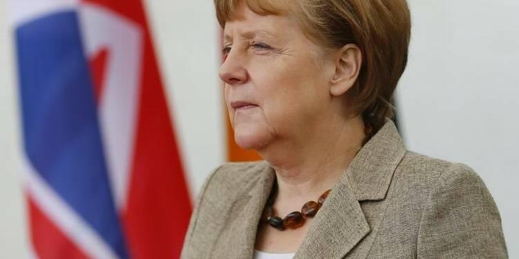 Angela Merkel défend le projet de traité commercial UE-USA