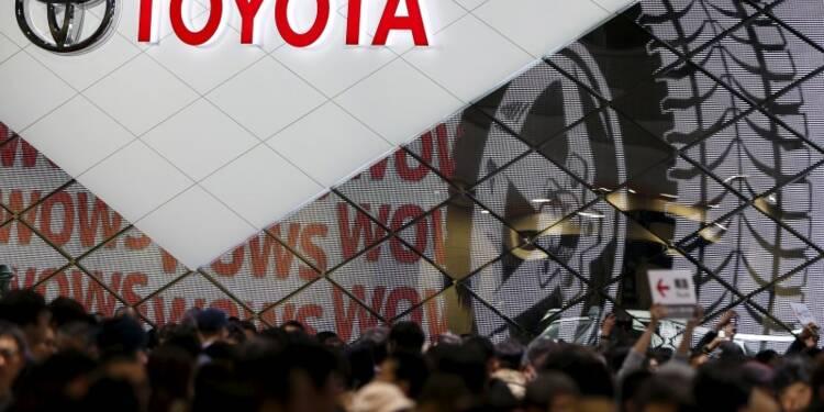 Toyota abaisse son objectif de chiffre d'affaires annuel