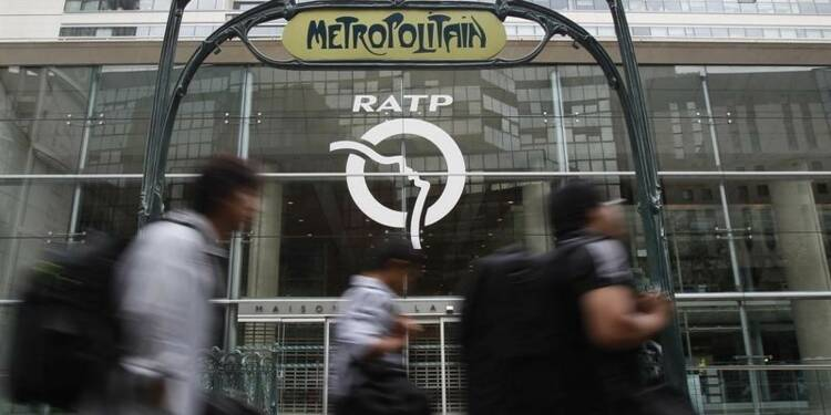 Taxée de censure, la RATP reste sous le feu de la critique