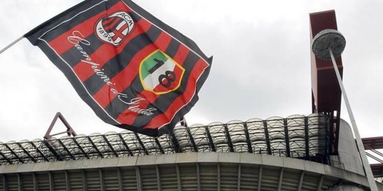 Silvio Berlusconi d'accord pour vendre 48% de l'AC Milan