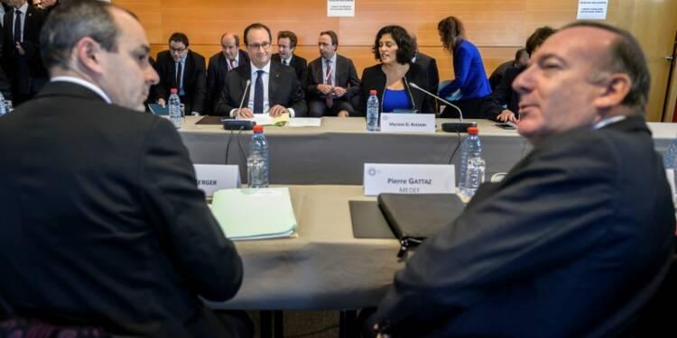 Hollande souhaite une position commune sur le compte d'activité
